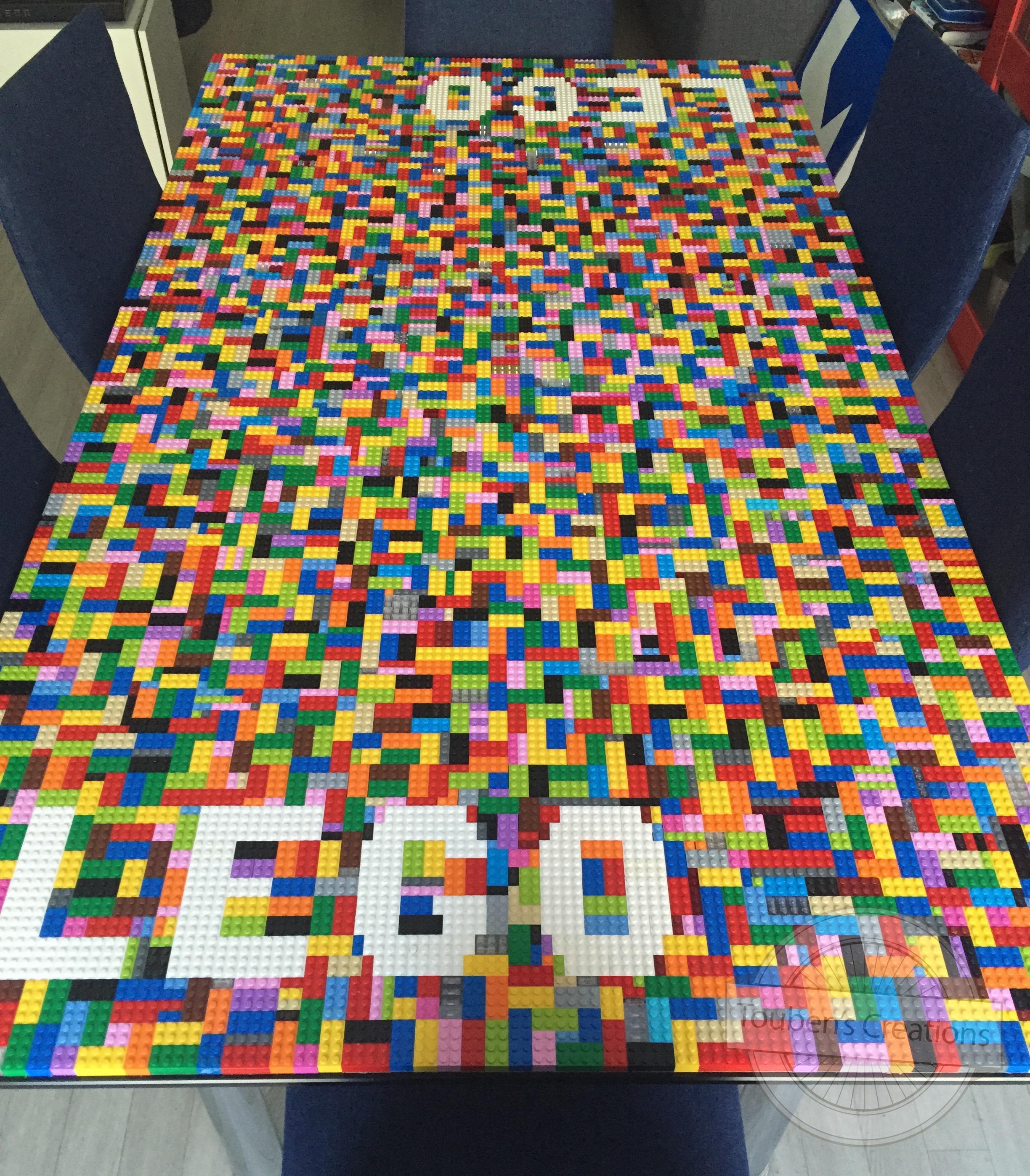 Tout un brique à brac de LEGO  Toubens Créations -> Tuto Table Lego